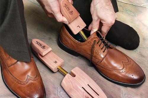 bảo dưỡng giày tây nam
