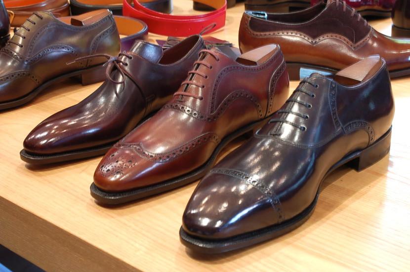 cách chọn mua giày công sở nam đẹp